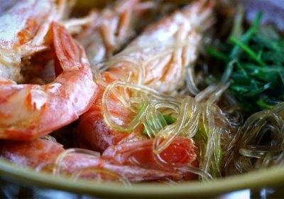 Cazuelita Thai de fideos de soja con gambas, cocina tailandesa, cocina asiática, recetas thai, recetas asiáticas