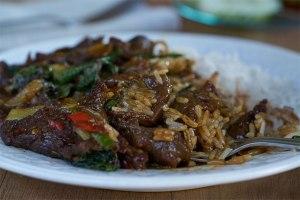 salteado, recetas de salteado, salteado de ternera, albahaca, salteado thai, cocina tailandesa, recetas tailandesa