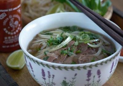 sopa pho,pho, sopa, sopa vietnamita, sopa de noodles, sopa de noodles vietnamita, pho bo, sopa pho de ternera, noodles,