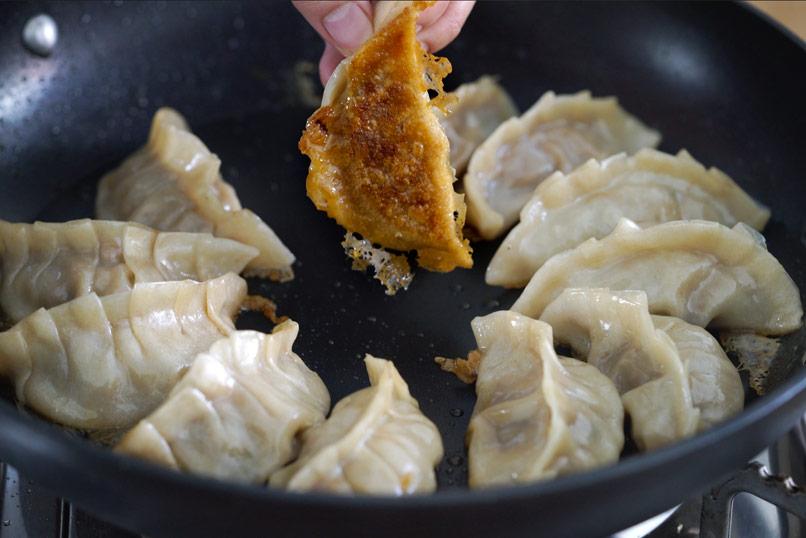 Gyoza, gyozas, empanadillas, empanadillas japonesas, dumplings, dim sum
