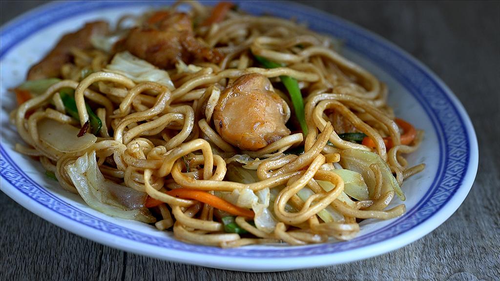 fideos fritos, fideos chinos fritos, fideos fritos, tallarines fritos, fideos fritos chinos, cocina china