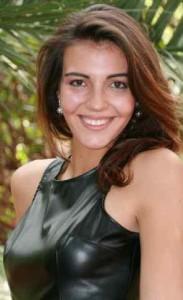 Rozelle is 'n finalis vir Miss T.E.E.N. International, 'n semi finalis vir Apprentesses of Angelique Gerber en het ingeskryf vir Sarie se Voorbladgesig kompetisie.