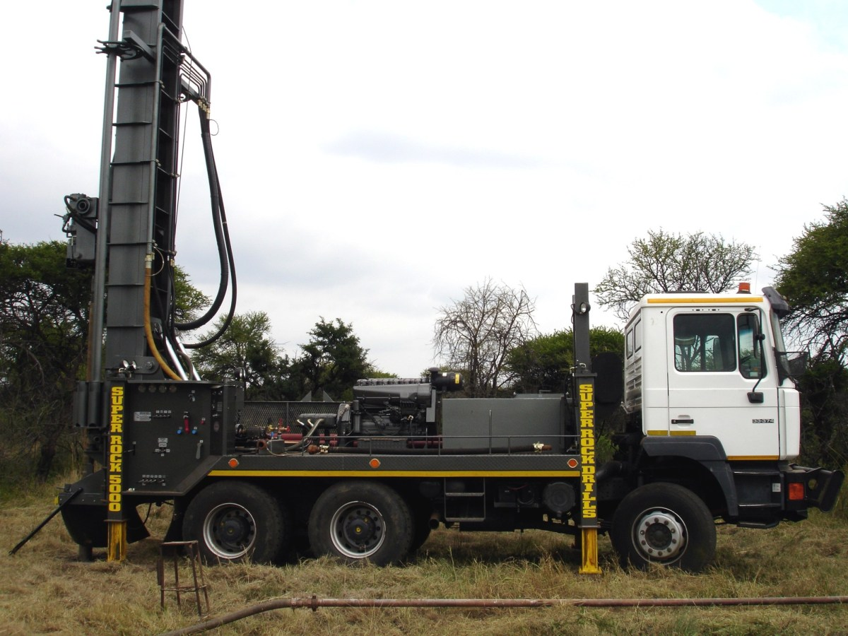 Thabazimbi Bore - For all your Geo-Technical and D.Th.-Percussion drilling needs