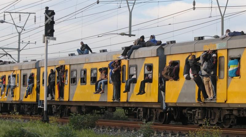 19-Sept-Metrorail-0826-1.jpg