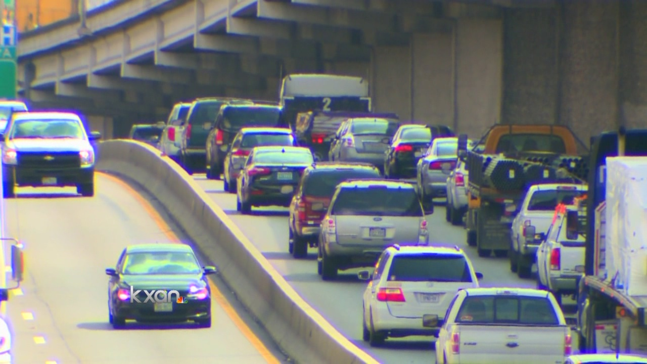 Austin lawmaker hopes to move big rig traffic off I-35