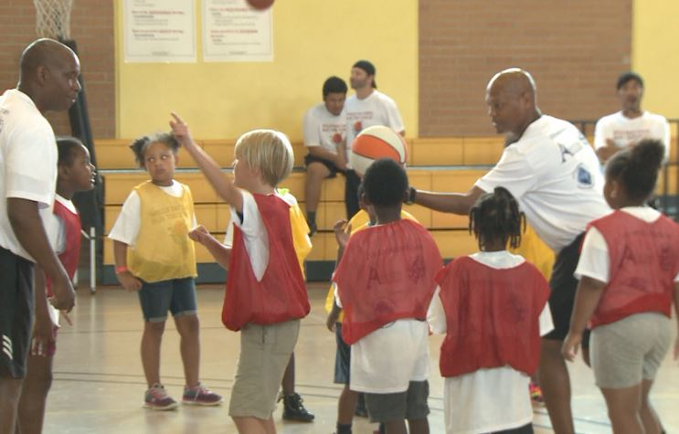 Austin firefighters hold basketball camp for more than 150 kids_318316