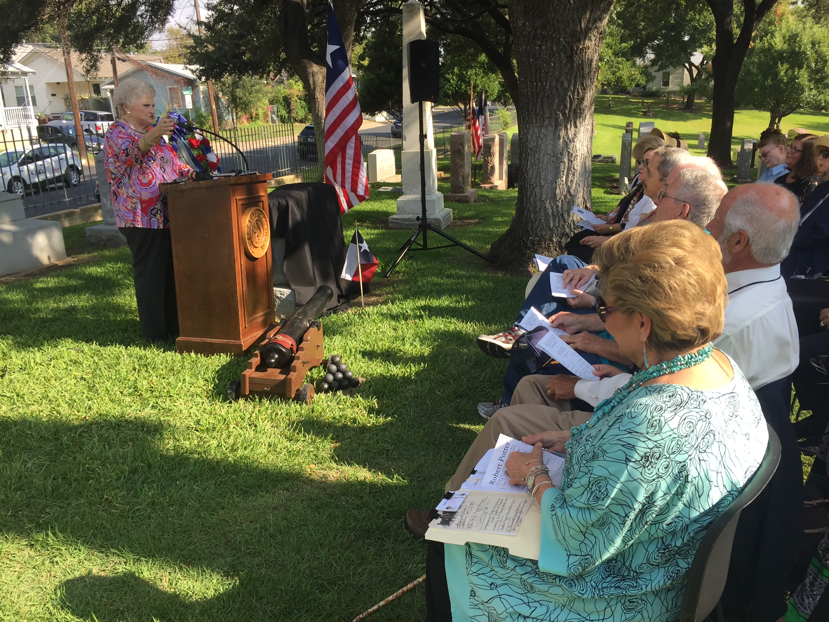 Navy heroes honored at Texas State Cemetery. Sept. 21, 2016_351099