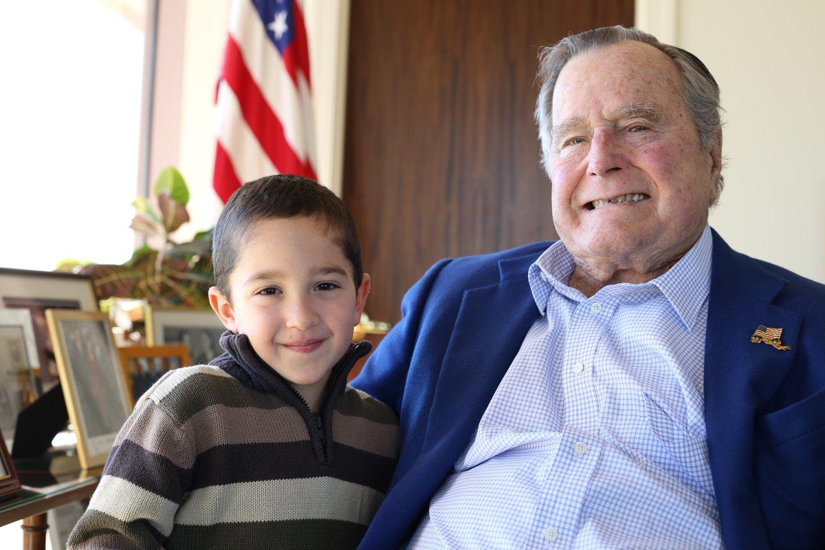 George H.W. Bush and Patrick (Twitter photo)_378023