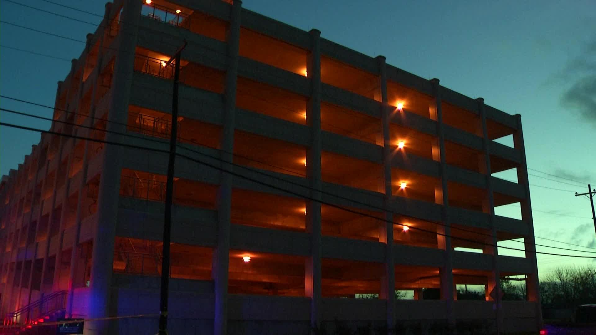 Parking garage 2 Texas girls jumped from (NBC News photo)_399541