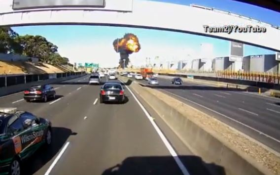 A dash cam video shows the moment a plane crashed carrying for Austin-area men in Melbourne, Australia_423345