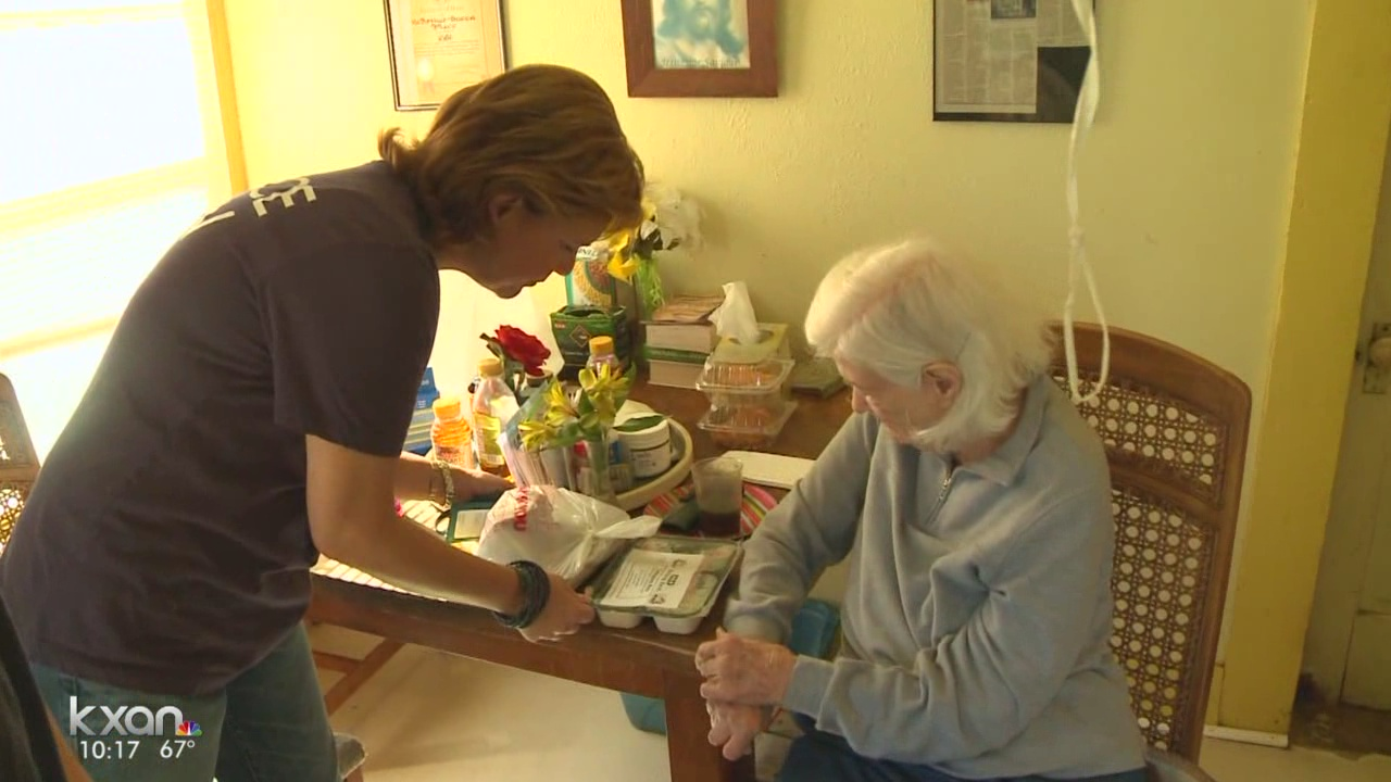 Meals on Wheels file photo (KXAN photo)_445927