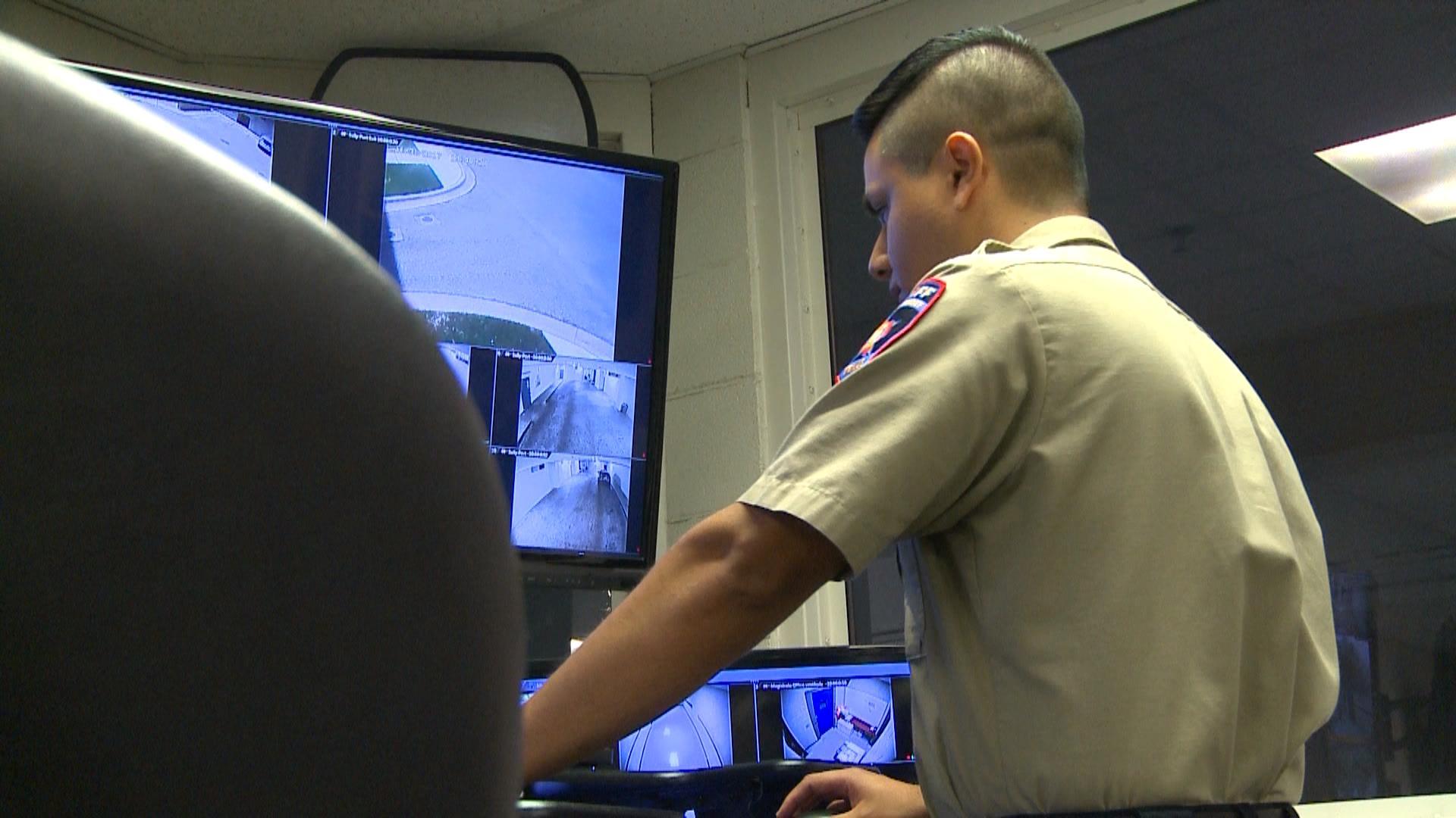 WilCo Jail Control Room Operators_517048