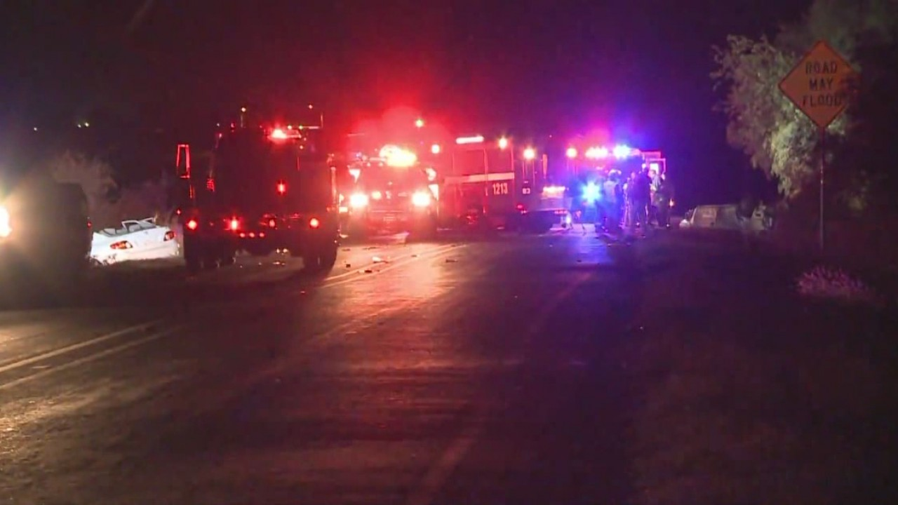 Two critically injured, burned in San Marcos crash_570852
