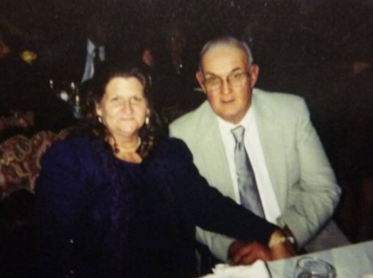 Sara and Dennis Johnson_577713