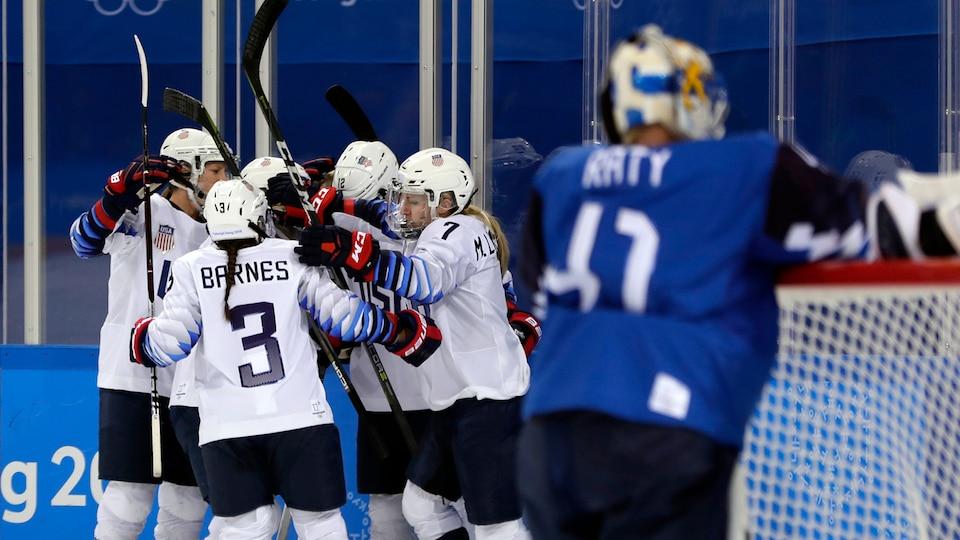 united_states_celebrate_vs-_finland_633635