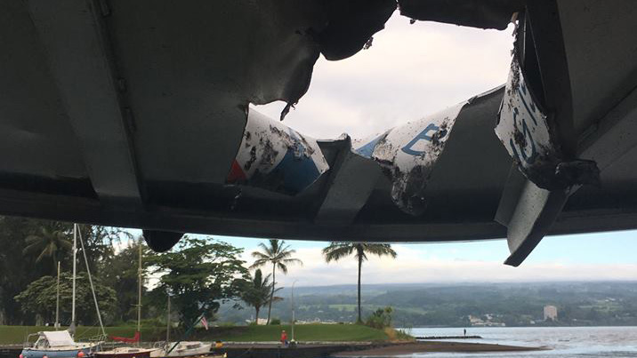 Lava bomb crashes through roof of Hawaii tour boat