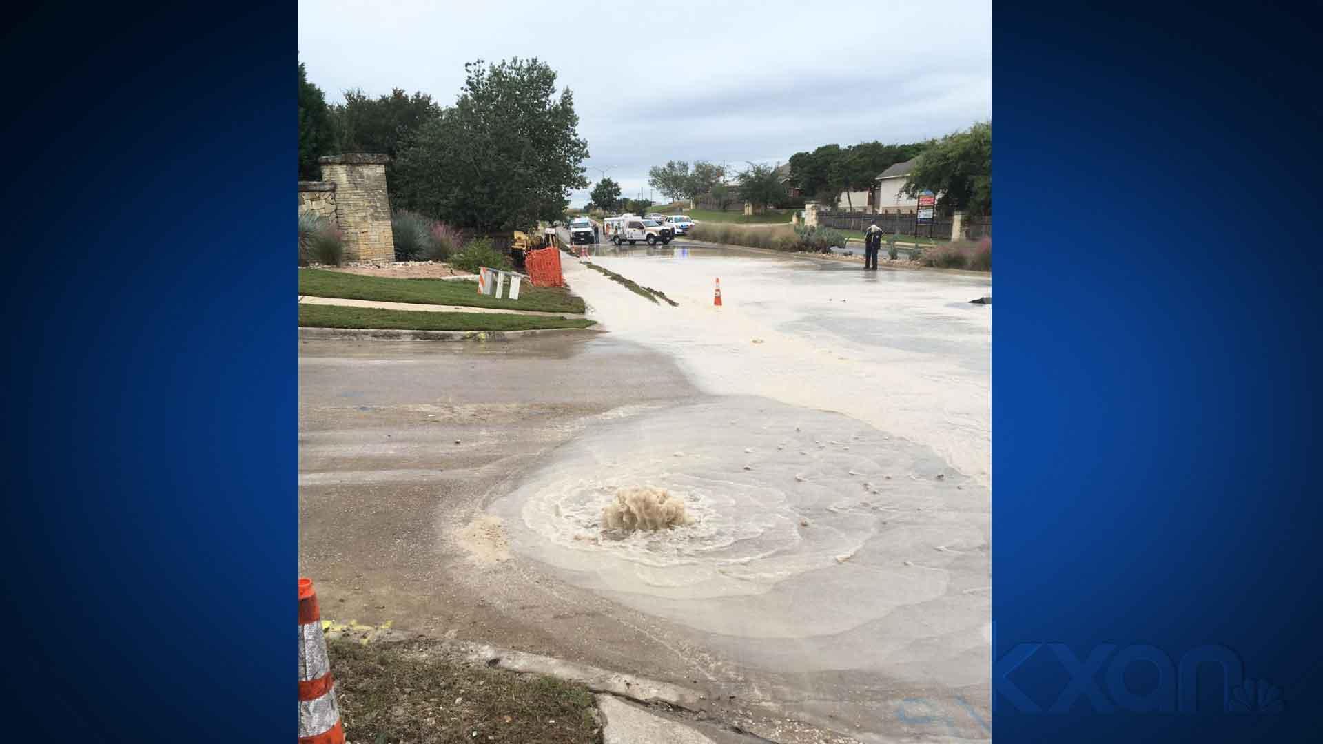 Water main cracked during work in Lakeline area of Leander