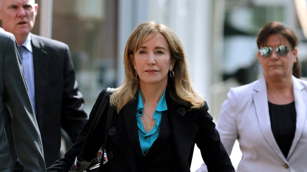 felicity huffman college admissions scandal