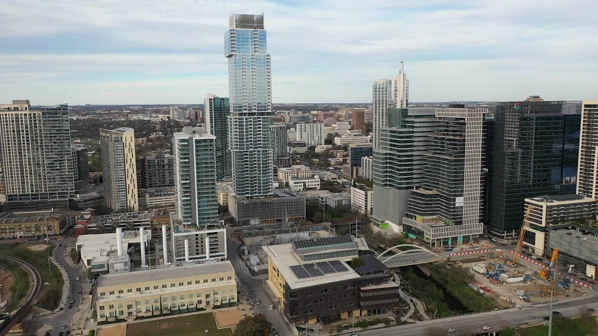 Drone_video_of_downtown_Austin_7_20190311212313