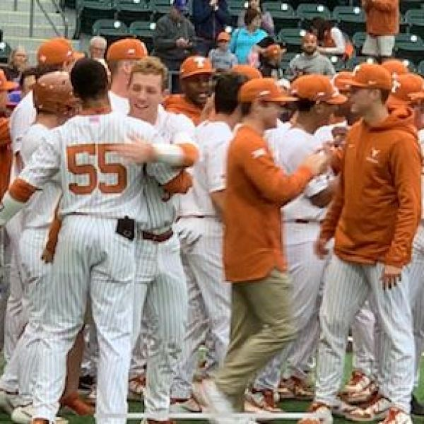 Texas baseball walk-off vs Boise State