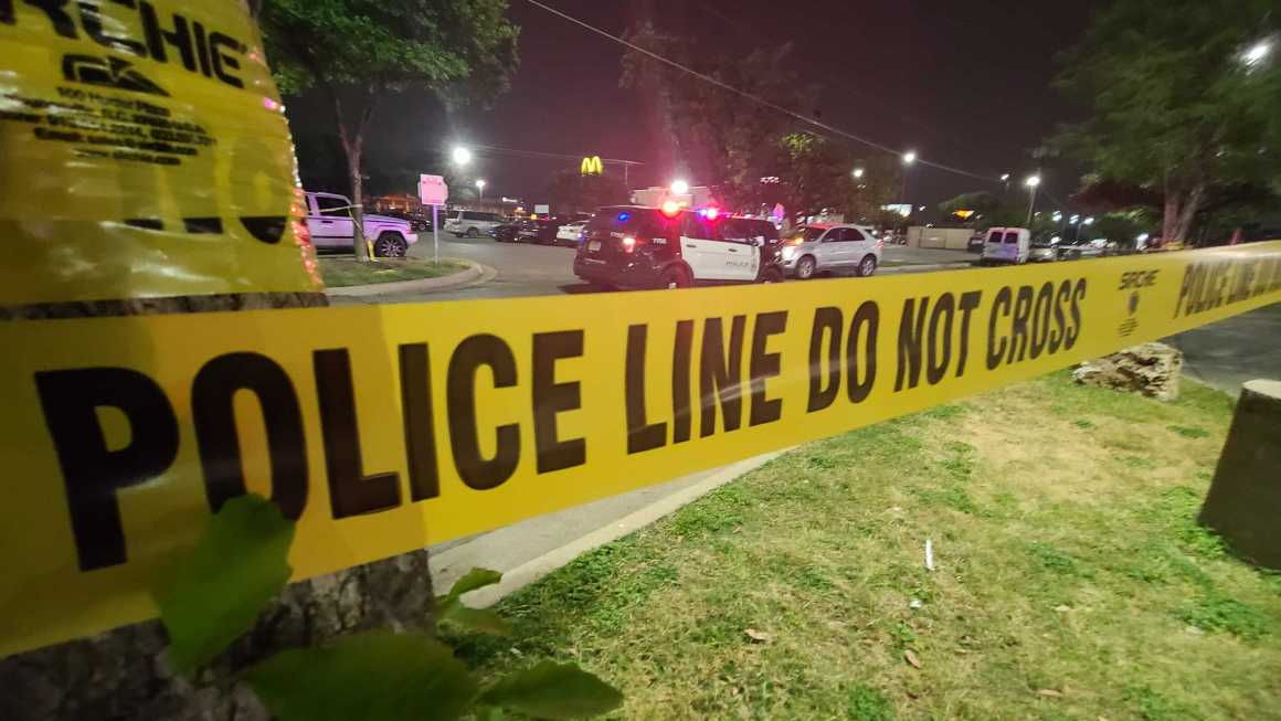 Police search for 3 suspects linked to deadly shooting at north Austin shopping center