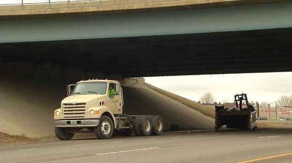 truck bridge_1513276546450.jpg
