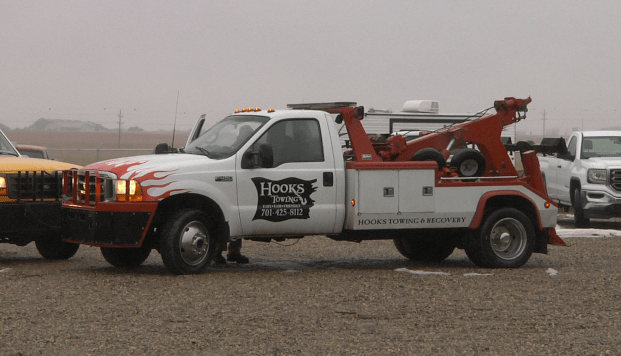 tow truck_1520225687930.png.jpg