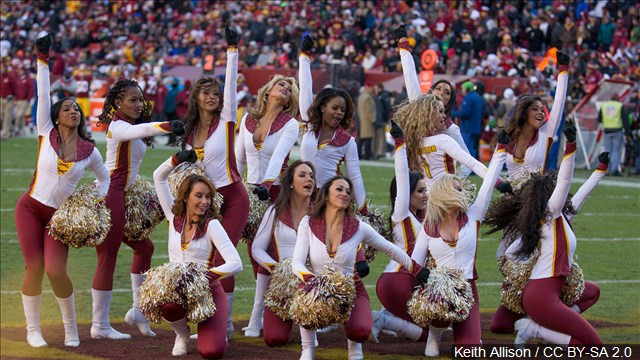 cheerleaders_mgn_640x360_80503P00-WTOGV_1525363565850.jpg