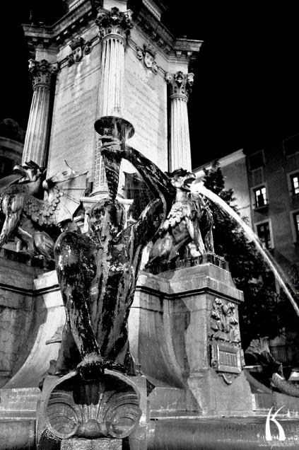 Fontaine place Notre Dame par Kyesos