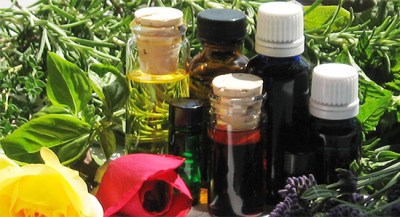 Recipe for DIY all natural all purpose cleaner using essential oils