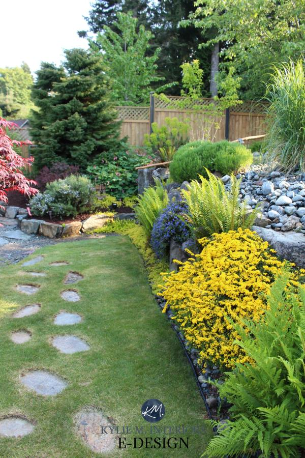 budget friendly curb appeal landscaping
