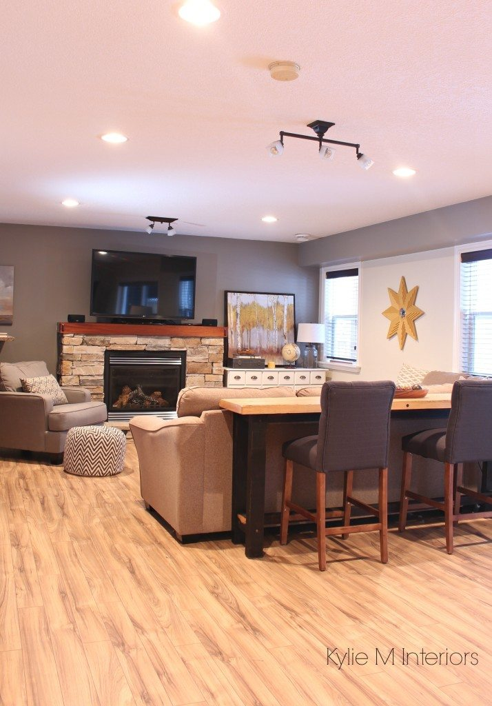 Family room decorating and decor ideas with sectional