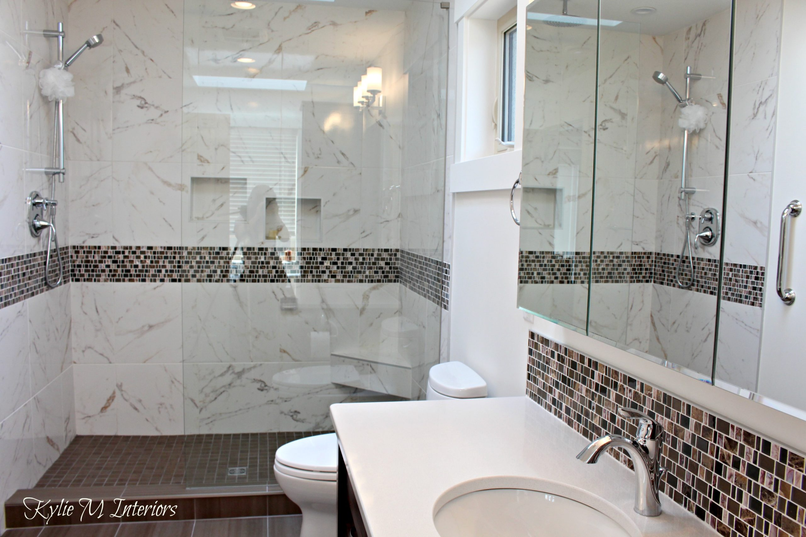 Mosaic Tile Bathroom Design Ideas: Walk In Shower In Bathroom With Pink And Brown Mosaic Tile