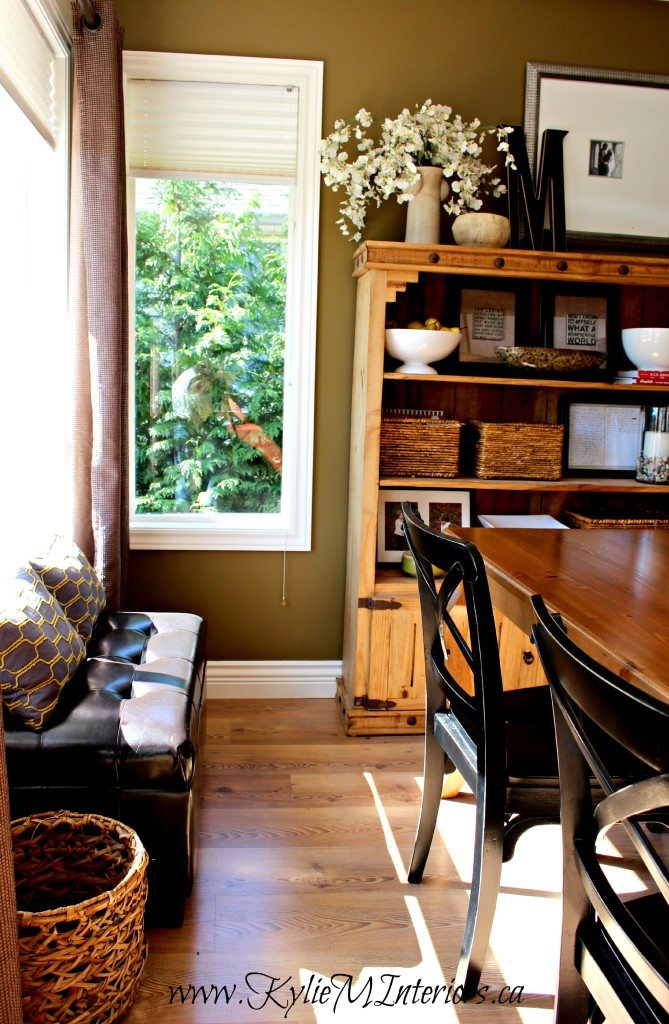 rustic farmhouse or country style dining room Sherwin