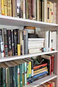 How to Accessorize a Bookshelf  4 Guidelines to Follow