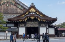 The Mikuruma-yose (gate): decorated by Hidari Jingoro and entrance to the Ninomaru Palace.
