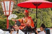This the stand-in for Toyotomi Hideyoshi (豊臣 秀吉) during the annual Hō-Taikō Hanami Gyōretsu (Toyotomi Hideyoshi's cherry blossom viewing parade - 豊太閤花見行列) at Daigo-ji temple (醍醐寺) in Kyoto.