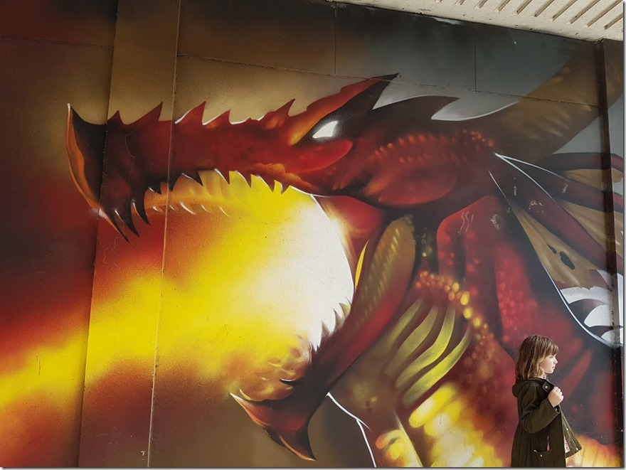 Dragon Wall