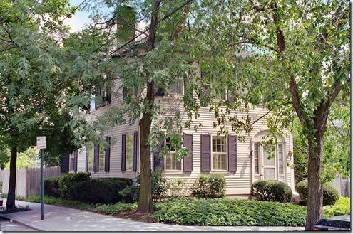 The_Samuel_B._Mumford_House where H.P Lovecraft lived