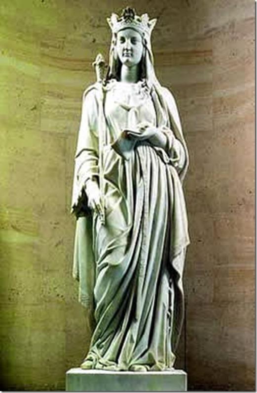Blanche-of-Castile statue