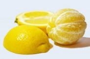 lemons-cut-and-peeled_19-137814