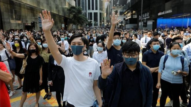 Hong-Kong-in-first-recession-for-a-decade-amid-protests.jpg