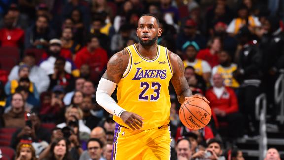 LeBrons-third-straight-triple-double-leads-Lakers-rally.jpg