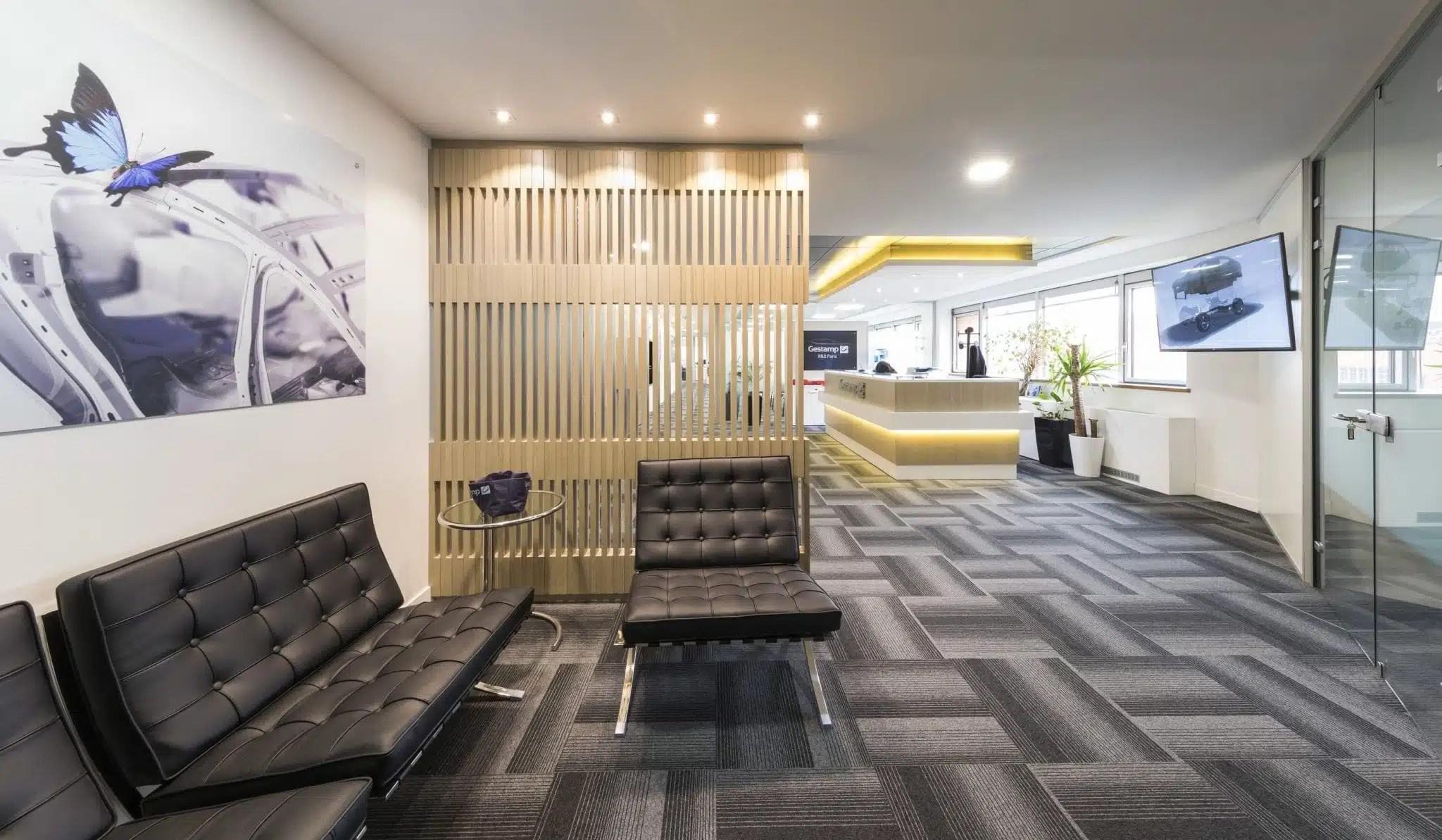 Comptoir de réception design. banque d'accueil moderne pour l'entreprise