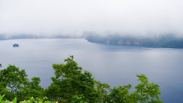 mist_on_lake_akan_kushiro