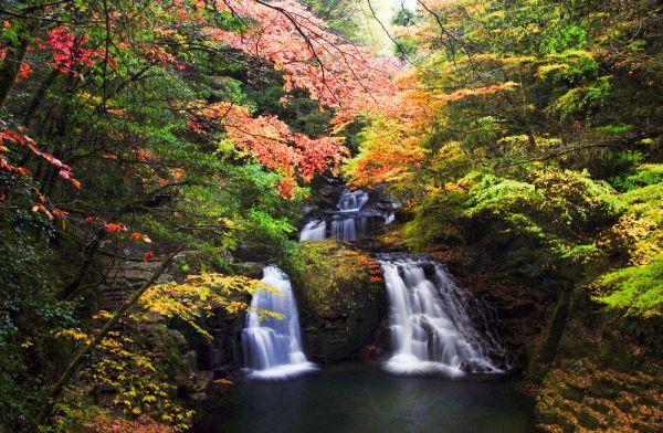 akame_48_waterfalls_mie