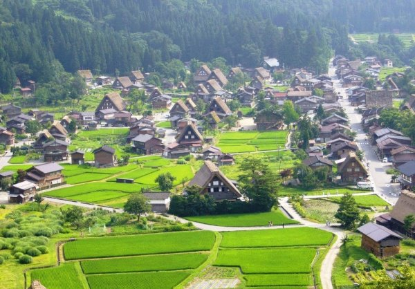 shirakawago_village_gifu_japan