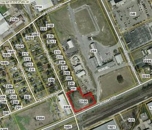 300x255 2100 East Hill Avenue, in GDOT option at Clay, Hollywood, and US 84, by John S. Quarterman, 23 September 2014