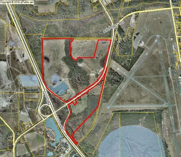 600x522 Devcon parcel 0127B 001, in Sabal Trail contractor yards next to Valdosta Airport, by John S. Quarterman, 20 February 2015