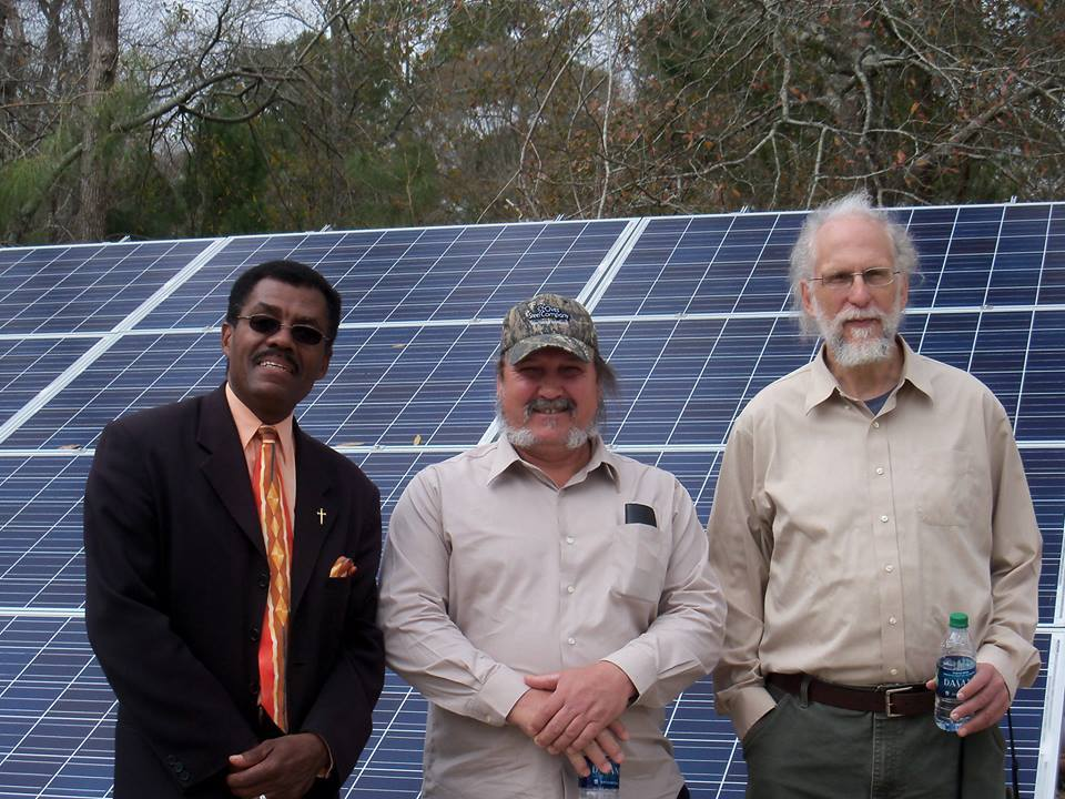 960x720 Ron Jackson, Alton Burns, John S. Quarterman, in Alton Burns' solar panels, by Alton Burns, 13 February 2015
